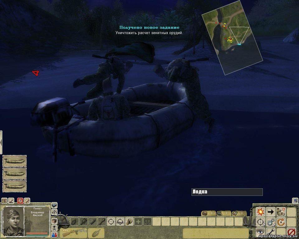 Ночная высадка с надувных лодок – ну как же без этого! Жаль, что пока не с аквалангом. Но все равно – опасное мероприятие!